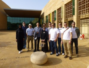 13 IEMBA participant of the 2016 cohort explored saudi arabia and dubai on one of their study trips.