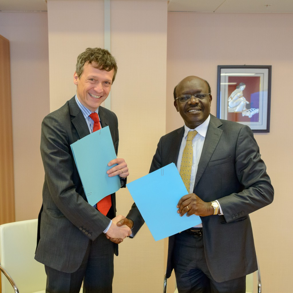 Patrick Krauskopf (ZWH) and Mukhisa Kituyi (UNCTAD) set the starting point for further successful cooperation.